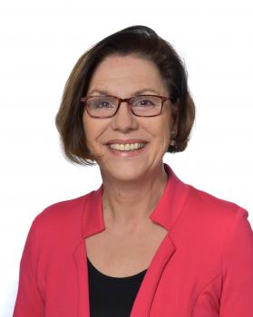 Frau Susanne Landgraf