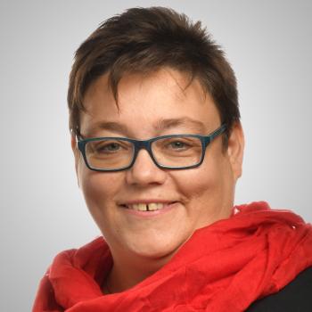 Frau Simone Ehnes